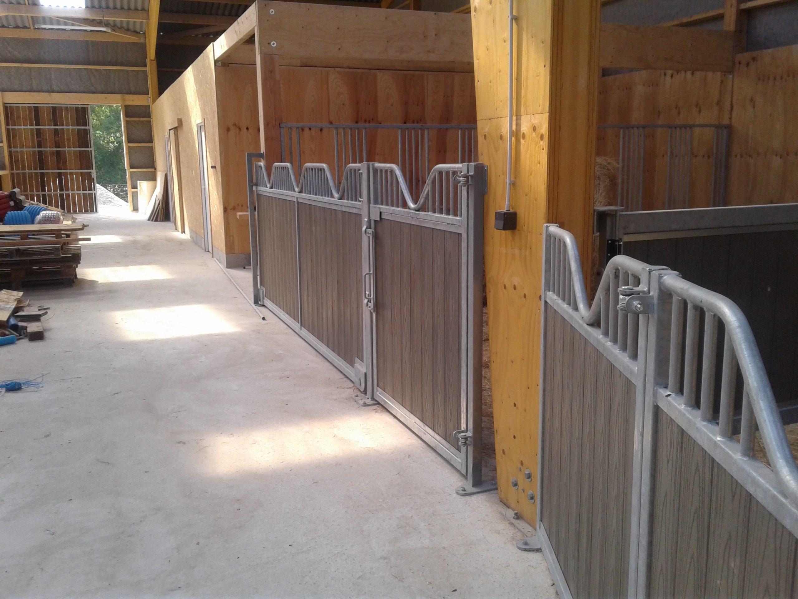 Installation de boxes pour chevaux à Niort